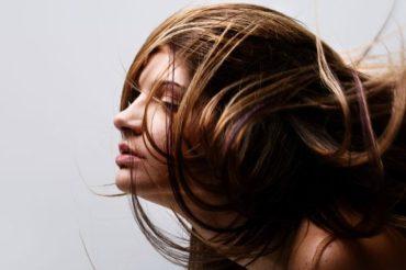 Kolor włosów – Czy ma znaczenie w powodzeniu