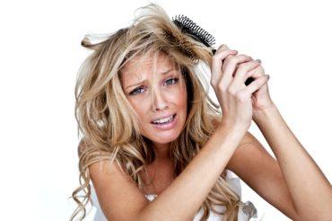 Co stosować na przyśpieszenie wzrostu włosów
