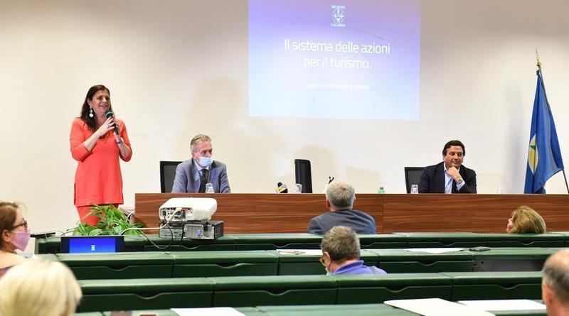 Calabria: Il presidente Santelli illustra le azioni post Covid per il rilancio del turismo