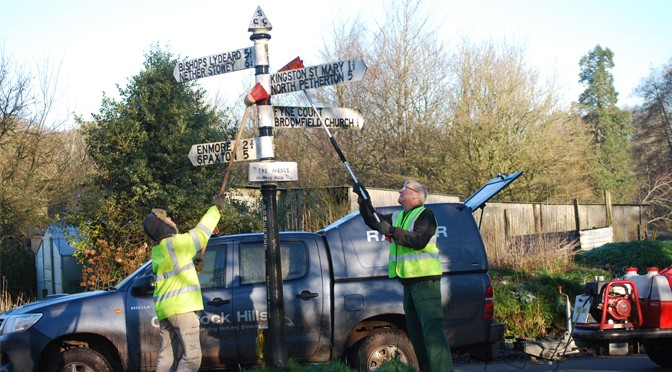SPRING CLEAN FOR THE QUANTOCKS FINGERPOSTS