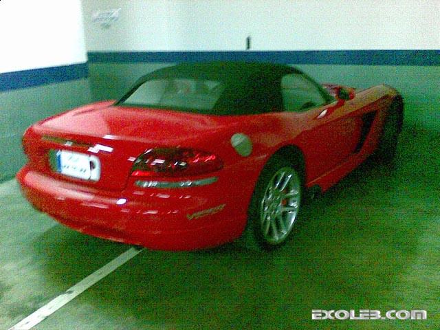 dodge-viper-parking34869-gk2