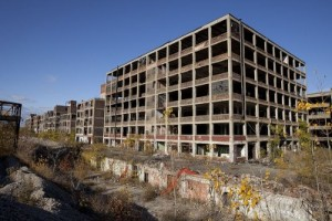 Abandoned_Packard_Automobile_Factory_Detroit_200-e1374237230278-300x200
