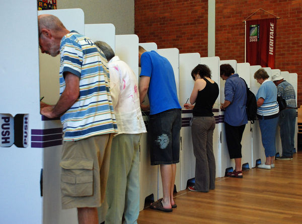 australian-election-2010-polling-booths