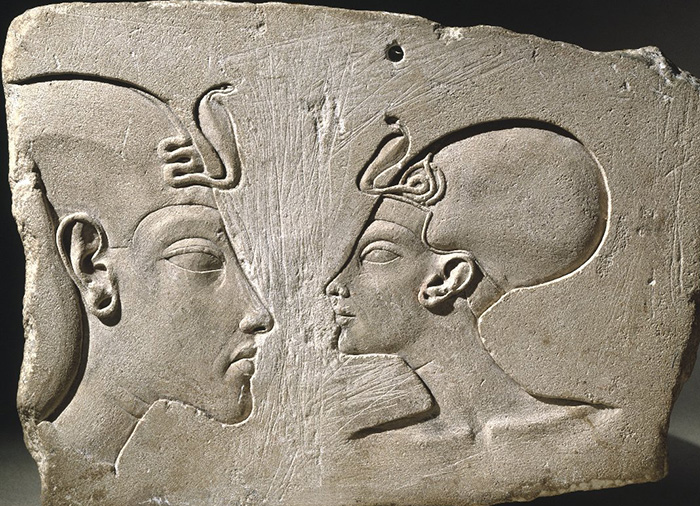 Plague showing Pharoah Akhenaton and Queen Nefertiti around 1352-1336 BCE