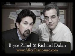Richard Dolan és Bryce Zabel