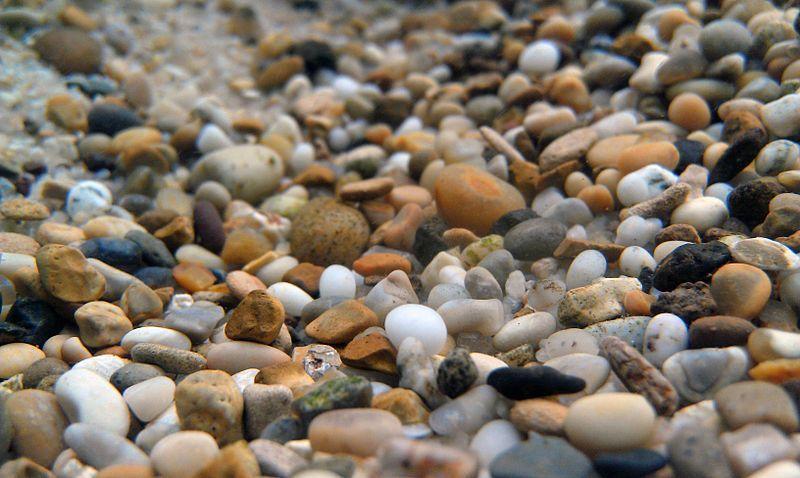 picture of aquarium gravel underwater