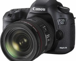 Canon EOS 5D Mark III Kit II