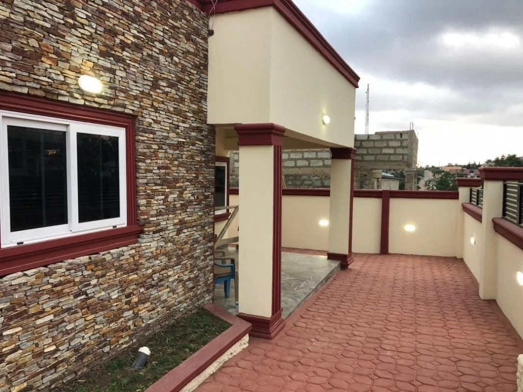 If you stay in your home long enough, you usually build enough equity that you can sell it for a profit. Executive 3 Bedroom House For Sale At Ashongman Estate In Accra Ghana