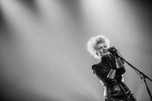 Josipa Lisac singing on stage