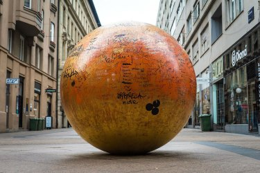Zagreb Solar System: Grounded Sun and Nine Planets