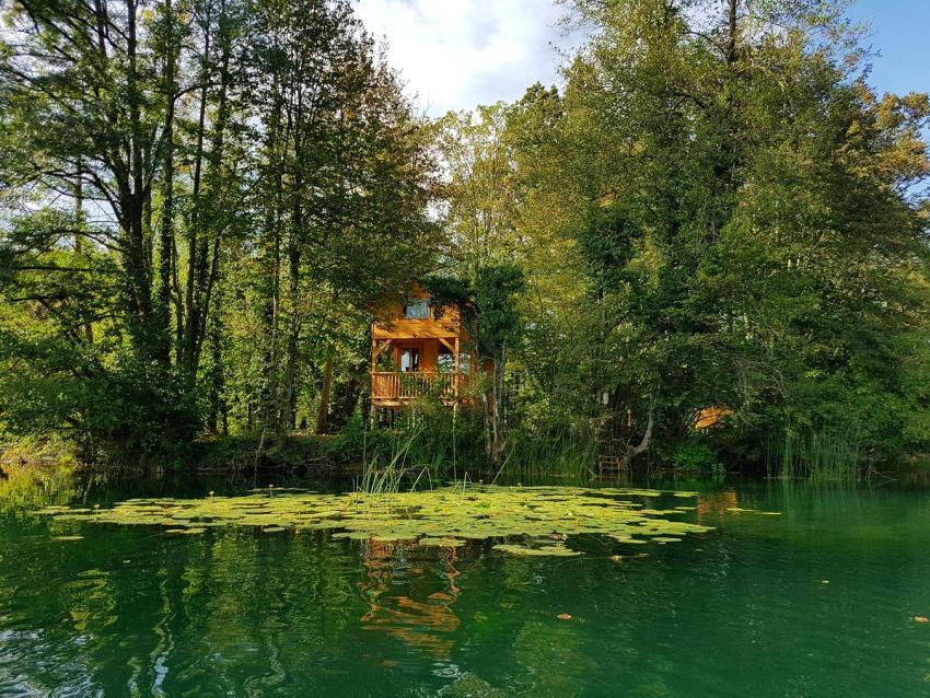 Treehouse at Riverland Mrežnica in Donji Zvečaj, Croatia