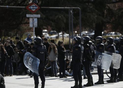 antidisturbios en ciudad universitaria