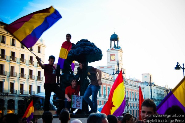 spanish republican protest in puerta del sol
