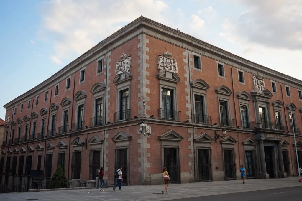la latina neighborhood in madrid