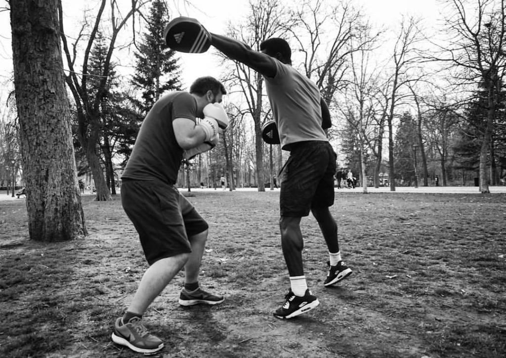 boxing in madrid at parque retiro