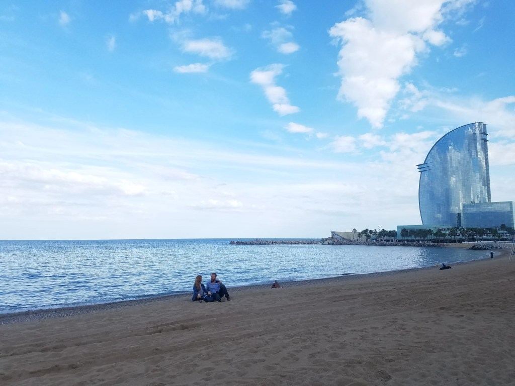 pros and cons of living in barcelona - the beach