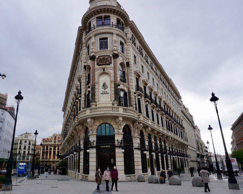 four seasons hotel in madrid