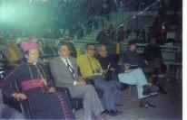 Chico Xavier, fotos inéditas: Antonio Lucena, terceiro à direita, e a seu lado o escritor e médium Jorge Rizzini.