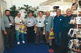 Bienal do Livro de São Paulo do ano 2000: Wilson Garcia, Jamil Bizin, Amilcar Del Chiaro, Jorge Rizzini e amigos.