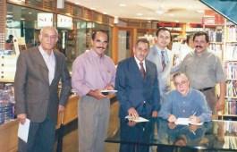 """Jorge Rizzini, amigos e Wilson Garcia na Livraria Cultura do Conjunto Nacional, São Paulo, em noite de autógrafos do livro """"Chico, você é Kardec?"""""""