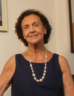 Iracema Sapucaia Rizzini: escritora e educadora, esposa do médium e também escritor Jorge Rizzini.