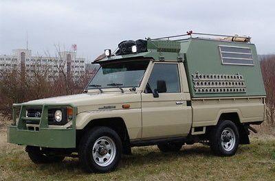 Toyota Land Cruiser 4×4 HZJ 75 – Custom Expedition build – Germany