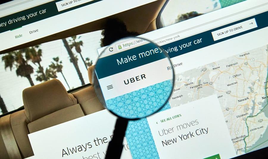 Uber Drivers Should Use Expense Management Software