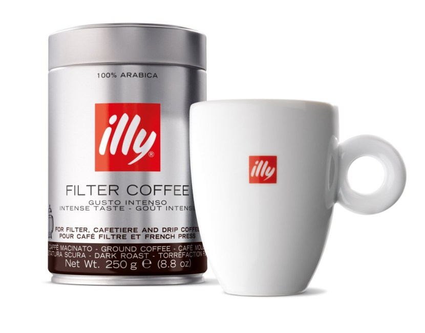 United Airlines partners with illycaffe