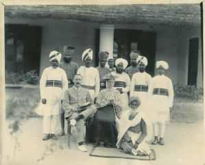 Image via Old Indian Photos