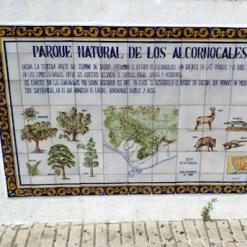 Placa del Parque Natural de los Alcornocales en la provincia de Cádiz