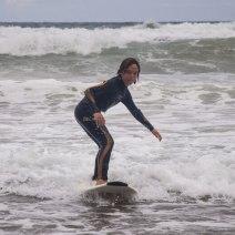 Clases de surf en la playa de Barinatxe en Sopela en el País Vasco