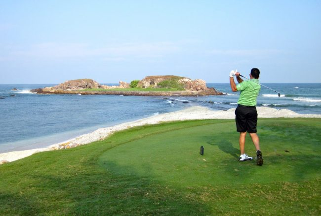 golfing by the ocean