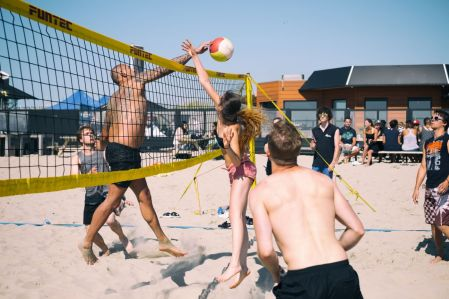 Fatmax-e-step en beachvolleybal