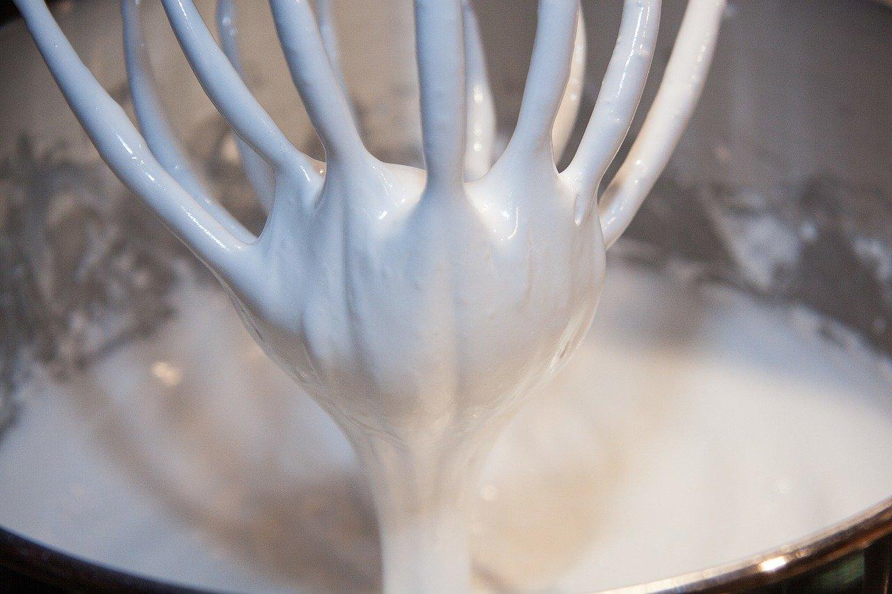 Im Lieferumfang der Bosch Küchenmaschinen sind häufig zahlreiche Aufsätze enthalten.