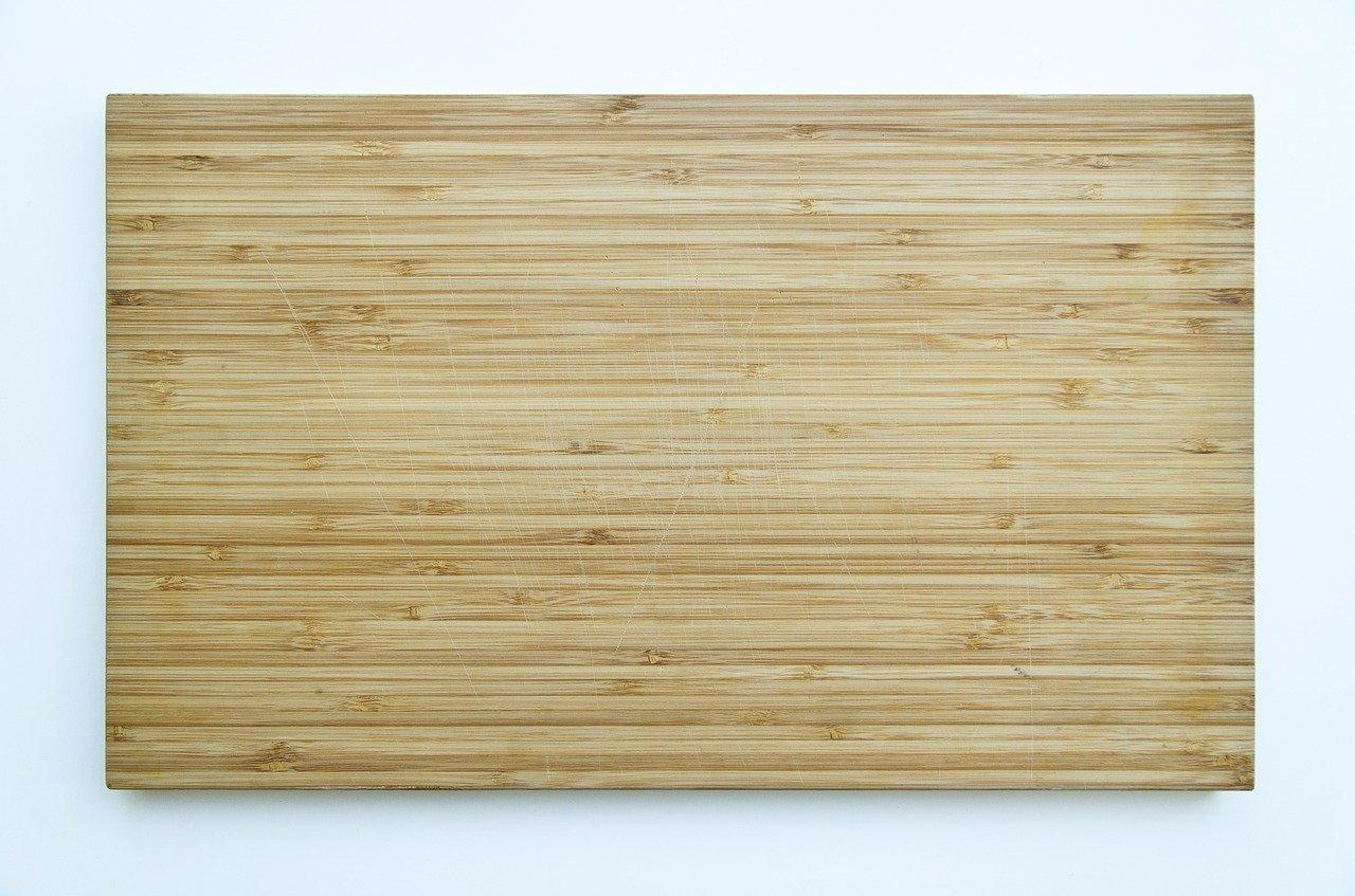 Bambus Schneidbretter gibt es vielen unterschiedlichen Größen.