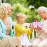 Geschenke Fur Die Oma Selbst Basteln Ideen Fur Kindergeschenke Experto De