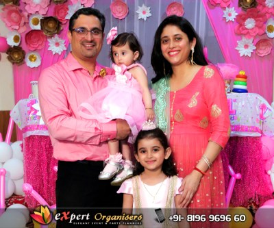 adira-1st-birthday-party-paper-crafting-theme-hamirpur