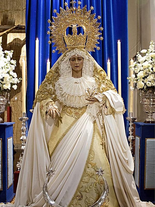 María Stma. de la Alegría de Linares durante la celebración de la Inmaculada Concepción.