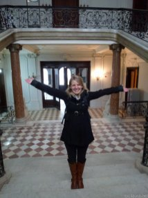 Me in my palace. My palace. It's MINE !!!!!!!!!