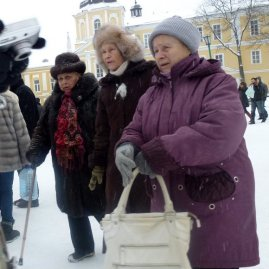 Super-Russian old ladies. (Next I'll find out they're not actually Russian...)