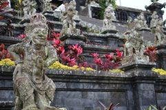voyage-indonesie-bali-besakih-statue