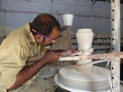 voyage-pakistan-pendjab-multan-fabrique-poterie-bleue (8)