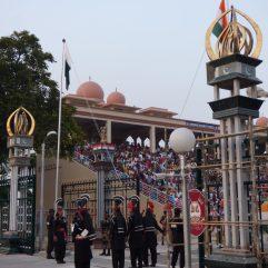 voyage-pakistan-pendjab-wagah-ceremonie-34