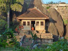 voyage-sri-lanka-anuradhapura-temple-isurumuniya-01