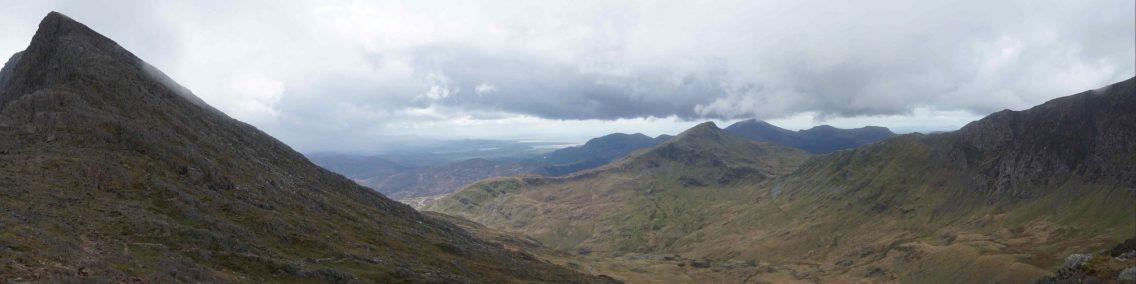 Panorama view of mountains around Mount Snowdon