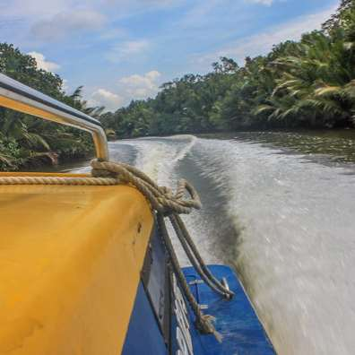 Speed boat to Bangar Brunei