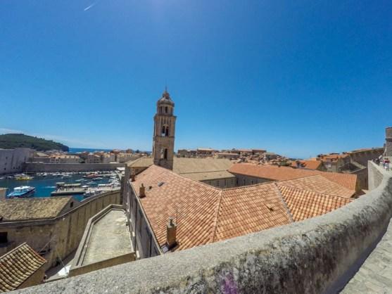 Kroatien Roadtrip : Auf der Stadtmauer Dubrovnik