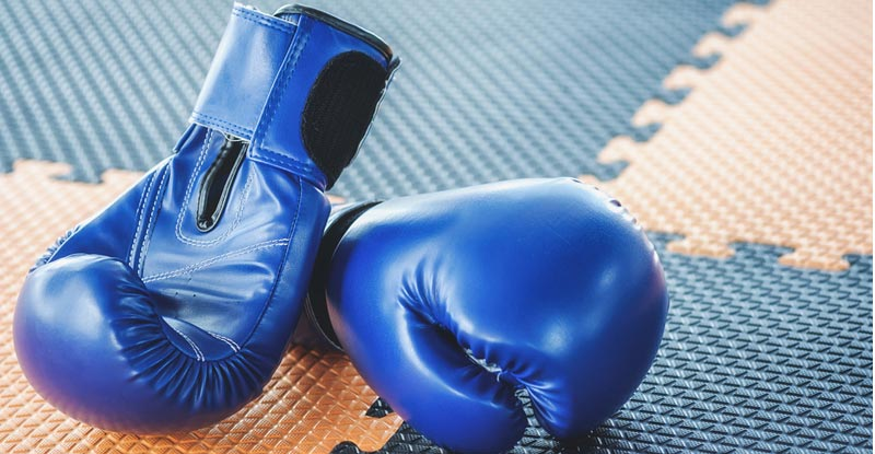 How to Clean Boxing Gloves For Sanitizing & Make It Odor-Free