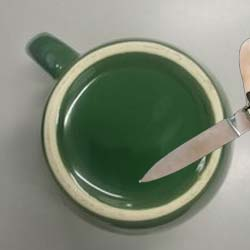 sharpen your knife with coffee mug