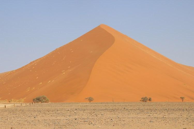 Dune de sable en Namibie destinations en dehors des sentiers battus